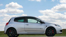 'Silverstone GP' limited edition Twingo, Clio unveiled