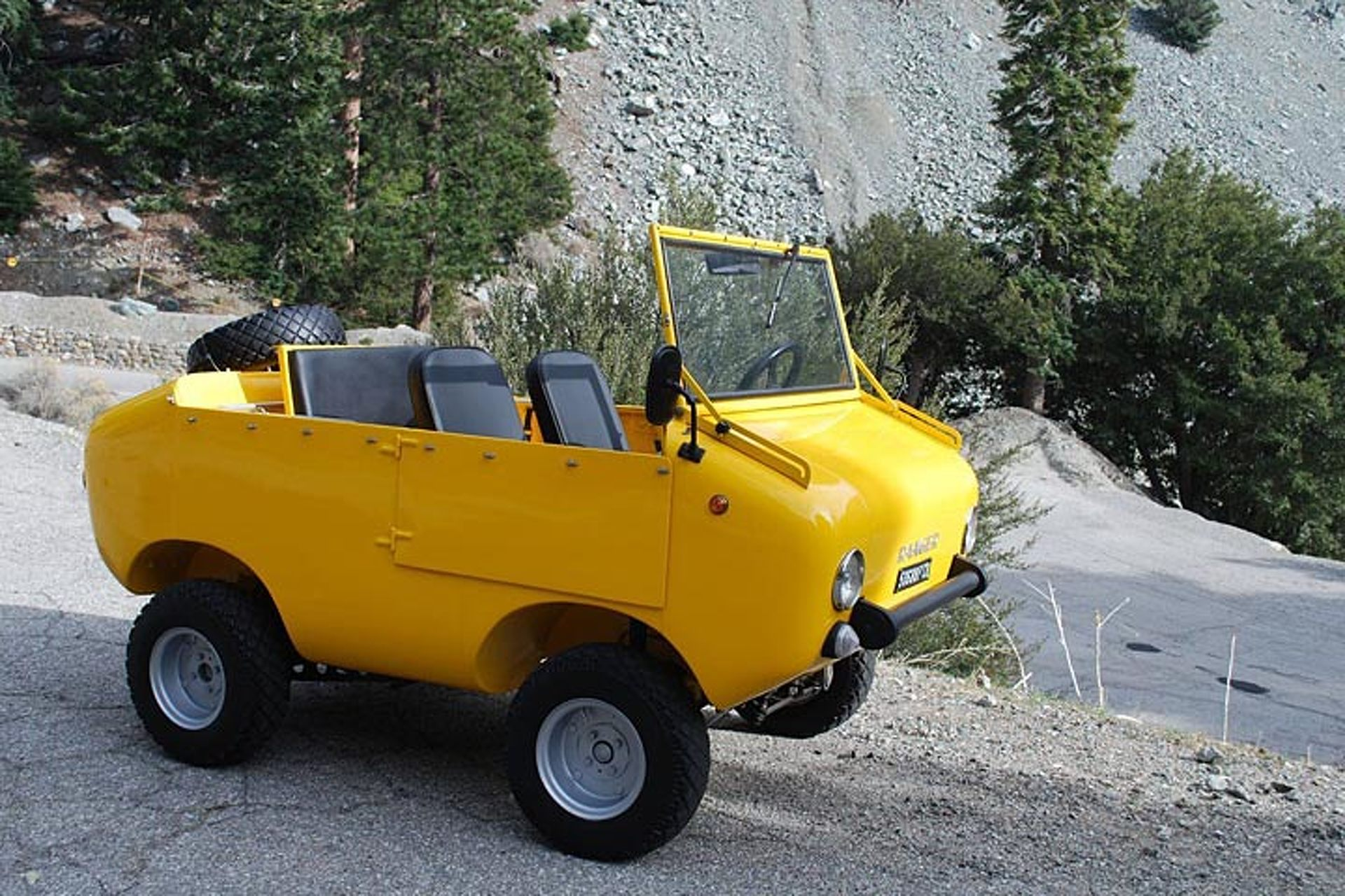eBay Find 'Ranger' Off-Roader is Pretty Much a Fiat 500 on Steroids
