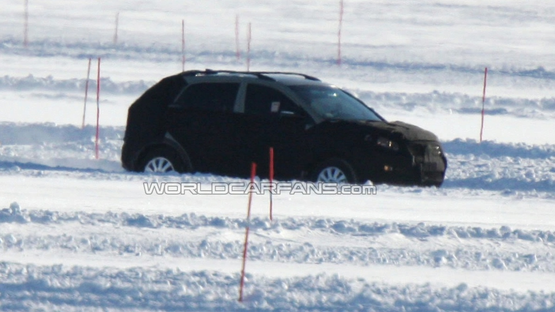 2010 Kia Sportage Spied in the Snow