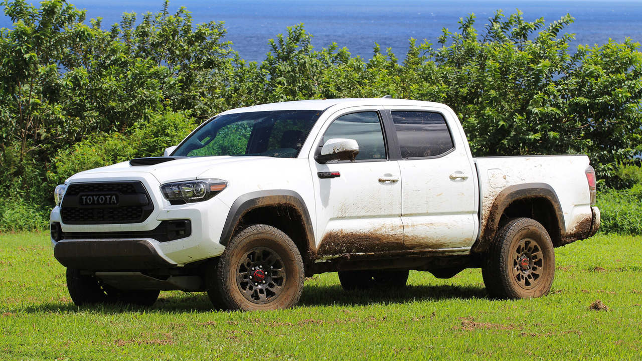 2017 toyota tacoma trd pro first drive no pavement no problem. Black Bedroom Furniture Sets. Home Design Ideas