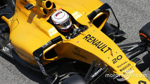 Red Bull given Renault supply offer for 2017