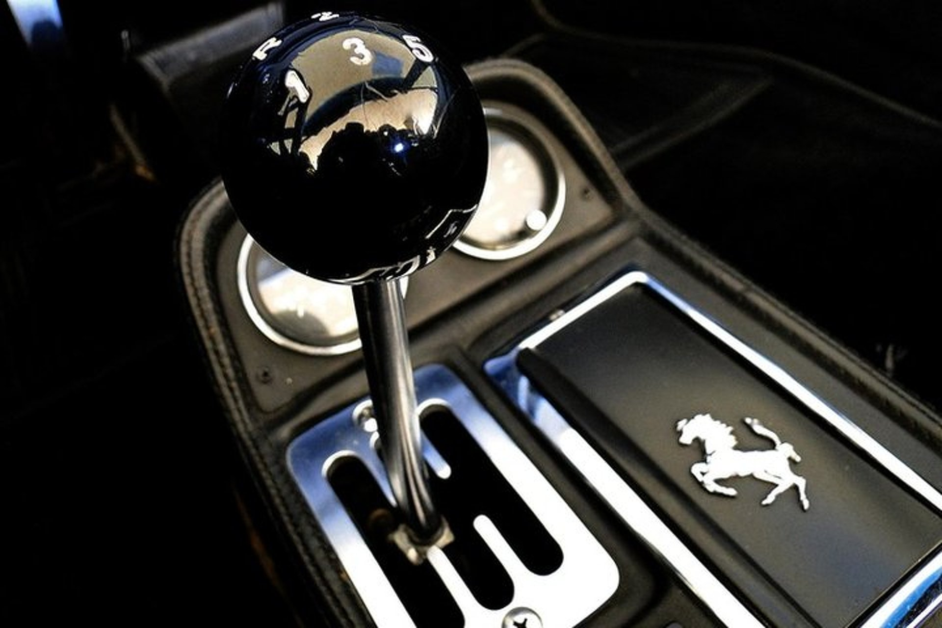 Want a Manual Transmission? Your Choices are Limited