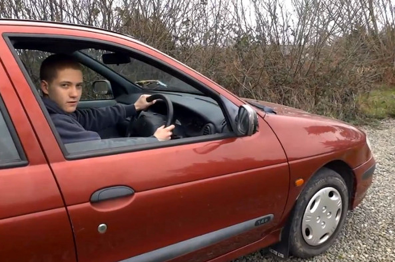 14 y.o. Teaches The World How to Drive a Manual