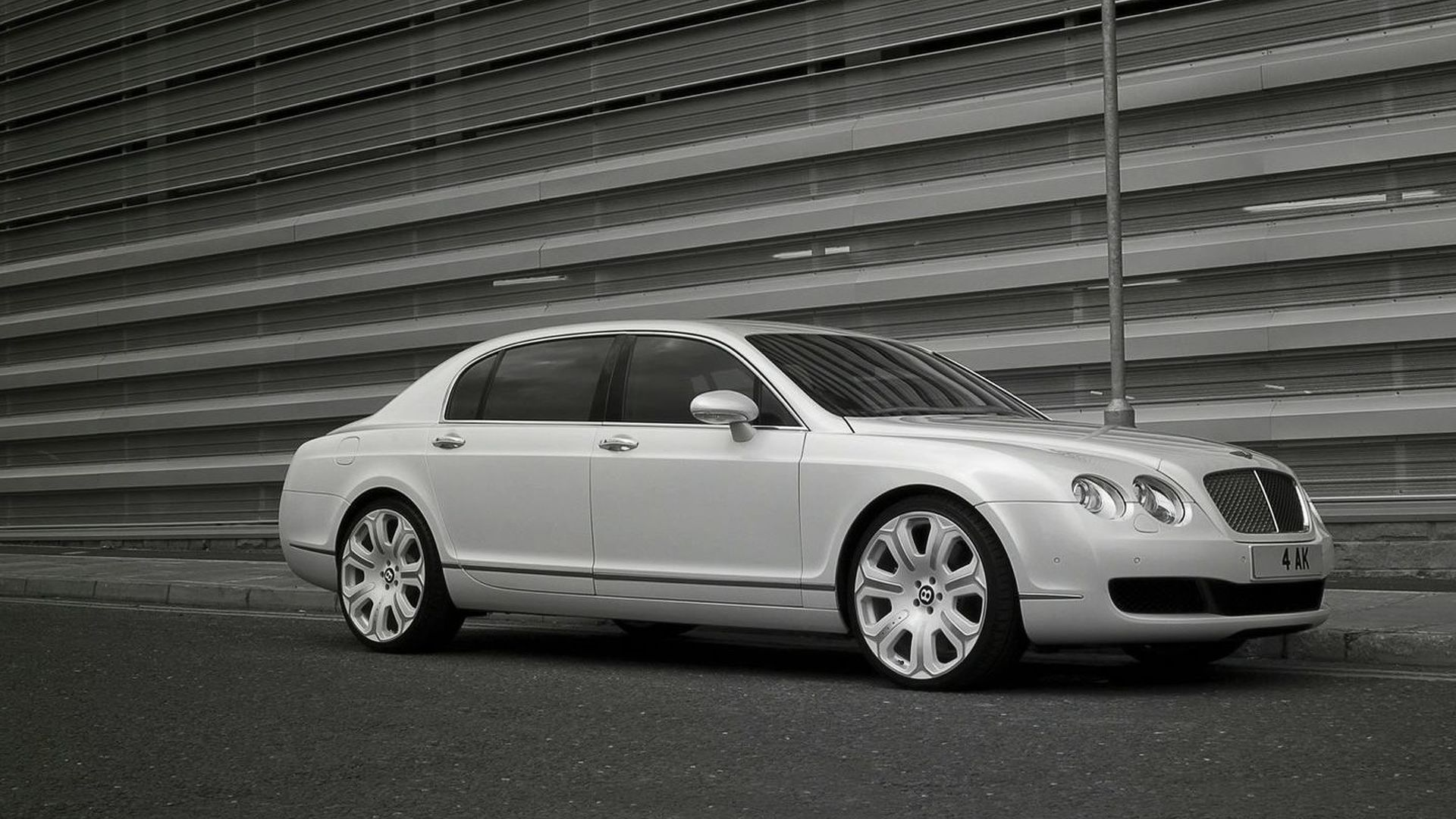 Project Kahn Present Bentley Flying Spur Pearl White Edition