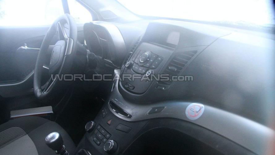 2012 Chevrolet Orlando Latest Winter Spy Photos