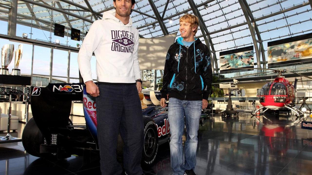 Arrival of the Red Bull Racing Team at Hangar 7, Sebastian Vettel (GER), Mark Webber (AUS), 15.11.2010 Salzburg, Austria