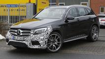 Mercedes-AMG GLC 63 roars V8 engine on camera