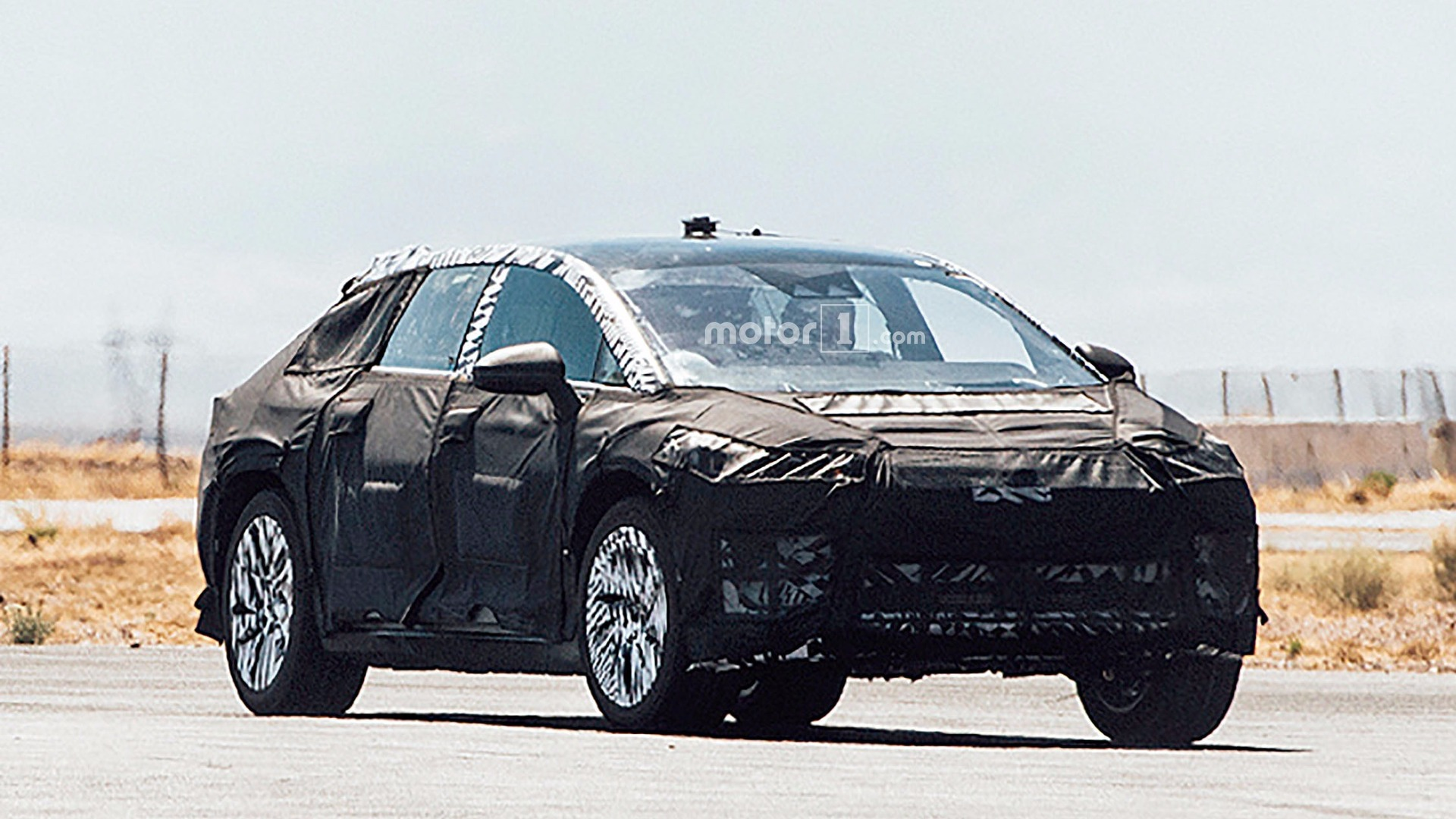 Faraday Future electric crossover spied testing in the desert
