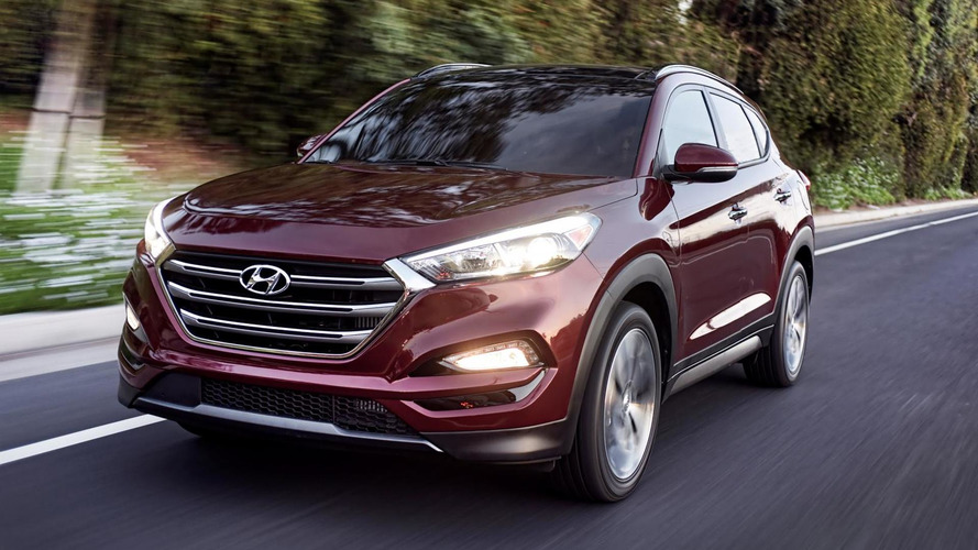 US-spec Hyundai Tucson shows its new DRLs at New York Auto Show