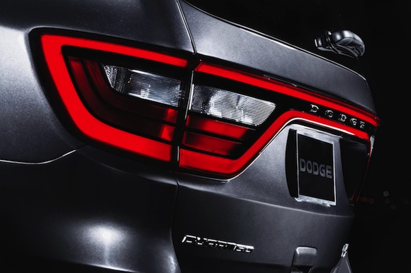 Dodge Teases Updated Durango with Signature Racetrack-Style Taillights