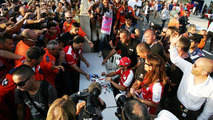 Alonso pulls out of F1 'silly season'