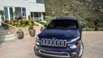 Deliveries of 12,000 Jeep Cherokees blocked due to gearbox programming issues