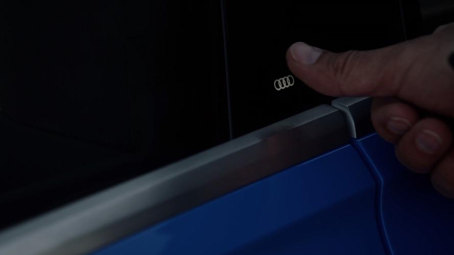 Q8 concept has touch Audi logo acting as door handle