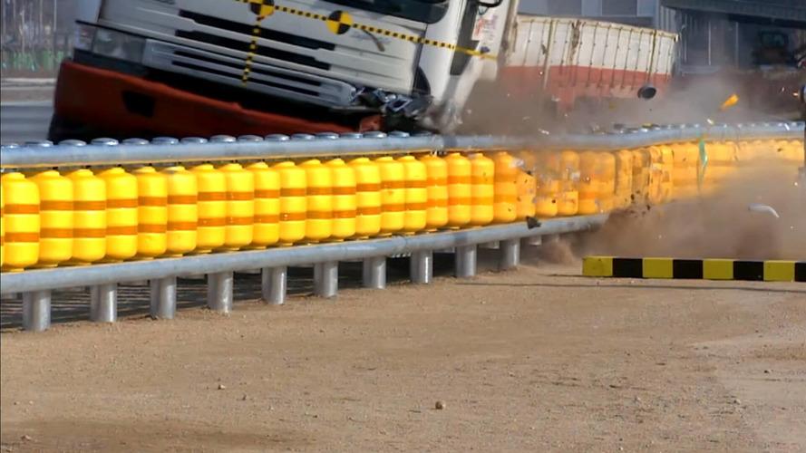 Malásia começa a usar guard-rail
