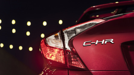 Toyota teases production C-HR in American flavor before L.A. debut