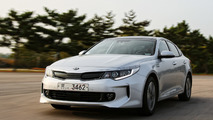 Kia Optima getting two hybrid versions next year