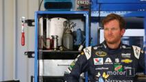 Jeff Gordon return confirmed as Earnhardt remains sidelined
