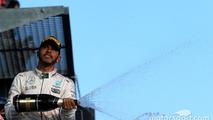 Podium: second place Lewis Hamilton, Mercedes AMG F1 Team celebrates with champagne