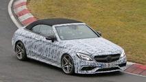 Spyshot de la Mercedes-AMG C63 Cabriolet