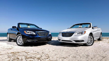 2011 Chrysler 200 Convertible officially released