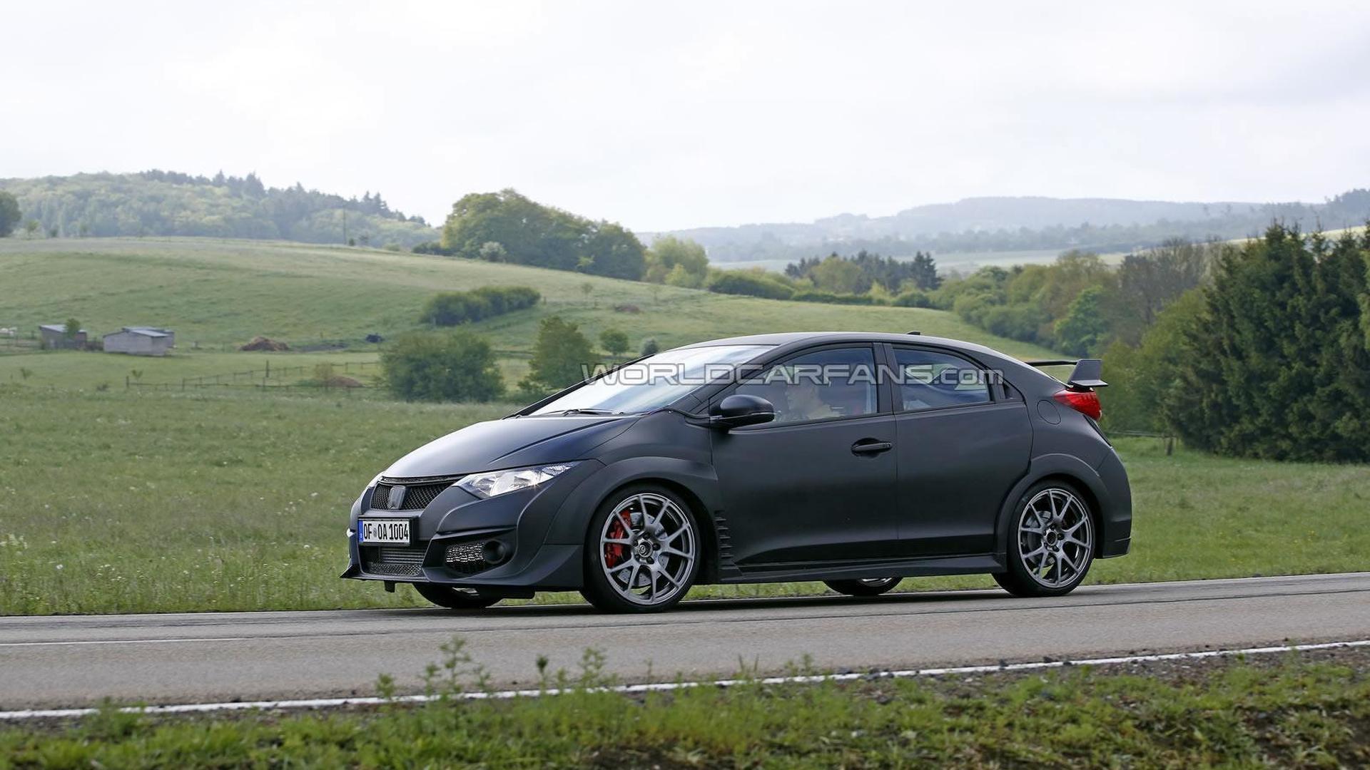 2015 Honda Civic Type R development prototype spied again