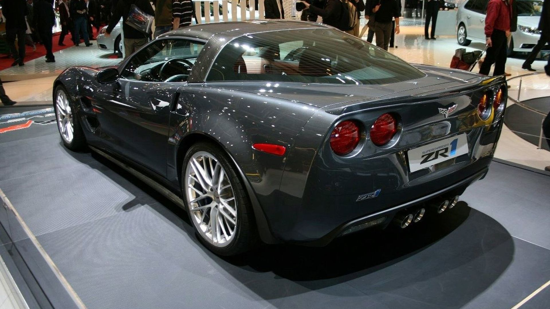 2009 Corvette ZR1 Lands in Europe