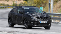2014 Nissan Qashqai returns on camera