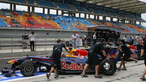 Another reliability scare for favourite Webber