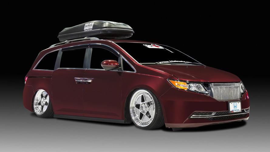 1,029-horsepower Honda Odyssey up for auction