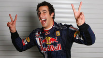 Red Bull confirm Ricciardo to replace Webber