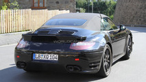2013 Porsche 911 Turbo Cabrio tears up the Nürburgring