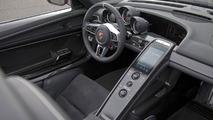 Porsche 918 Spyder undergoing hot weather testing in Nevada [video]