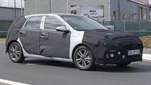 2017 Hyundai i30 / Elantra GT returns in new spy photos