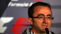 Lowe to attend first race for Mercedes at Silverstone