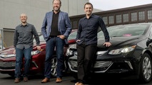 GM & Lyft team up to take on Uber with autonomous vehicles [video]