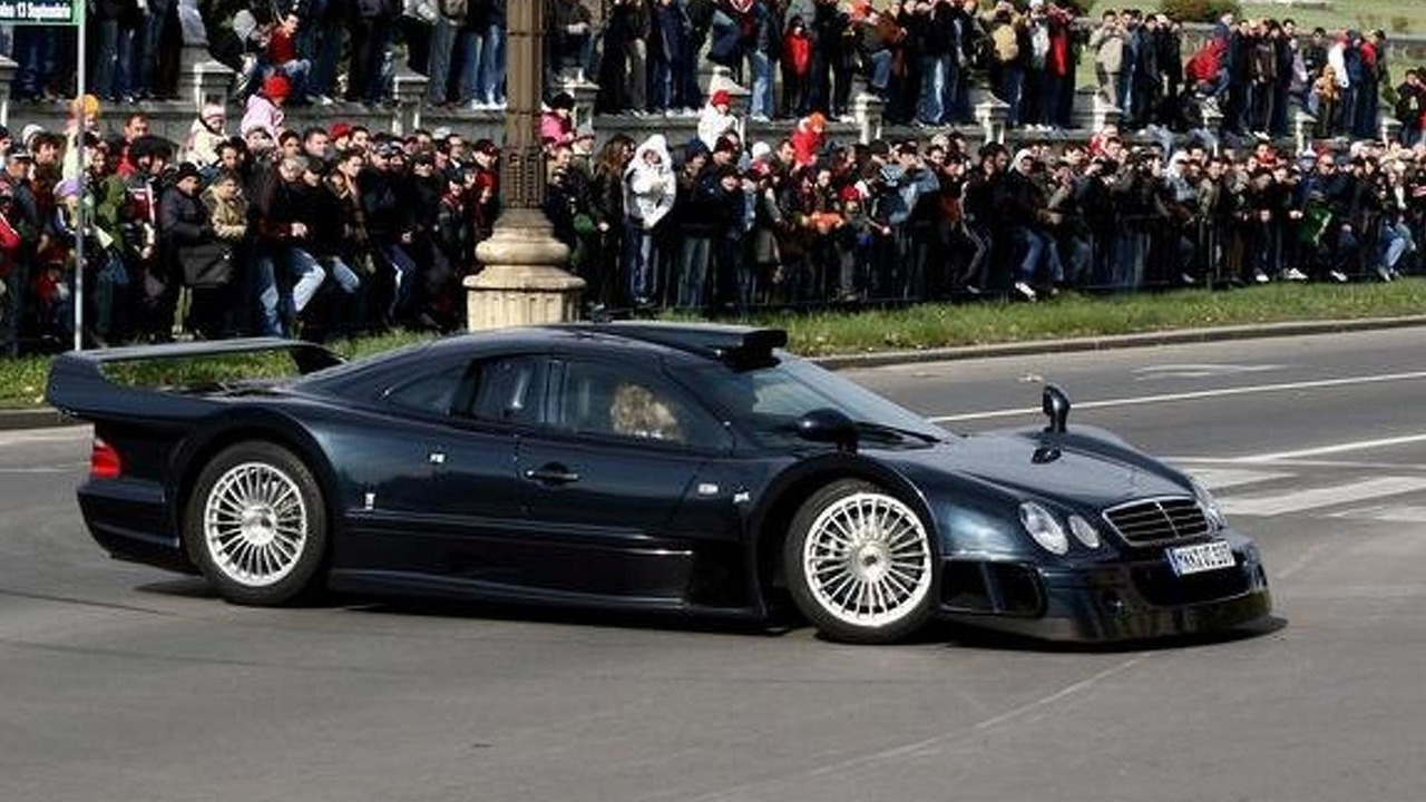 truth about the mercedes benz clk gtr amg for sale emerges. Black Bedroom Furniture Sets. Home Design Ideas
