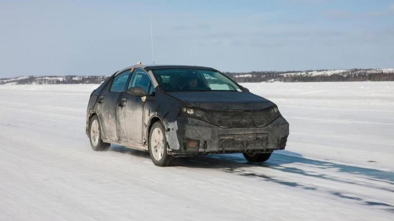 Toyota fuel cell test vehicle