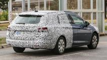 2016 Opel Astra Sports Tourer spy photo
