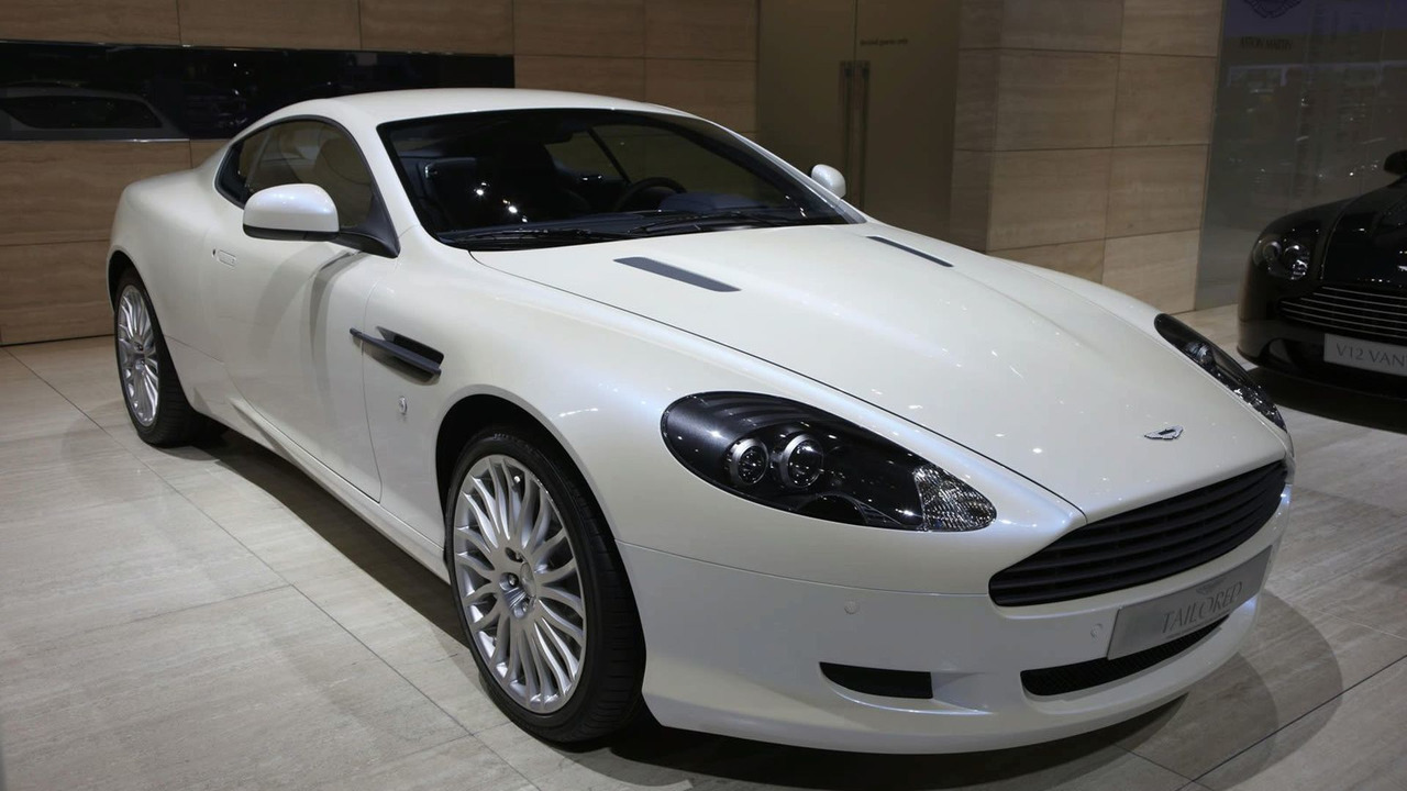 Aston Martin DB9 Works Service Tailored in Geneva