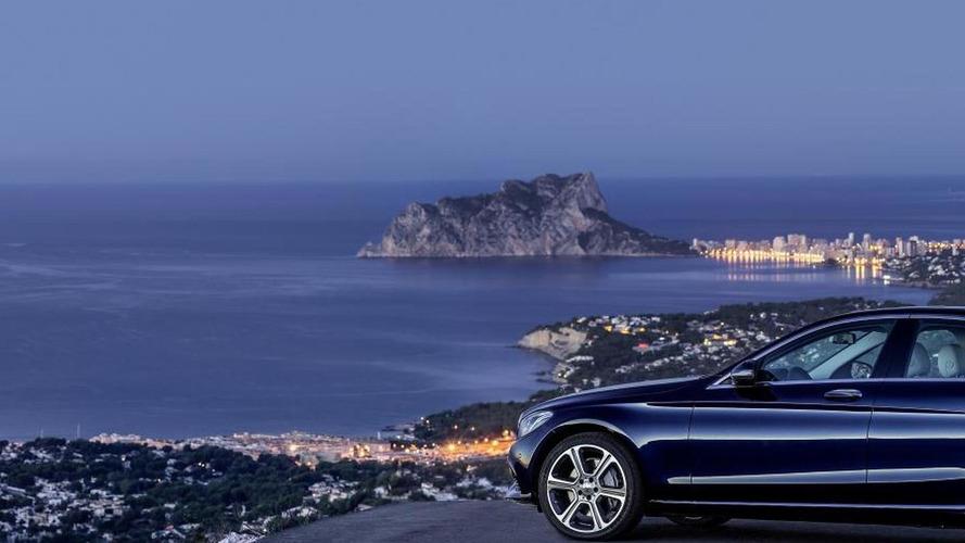 Mercedes announces new C-Class models and equipment