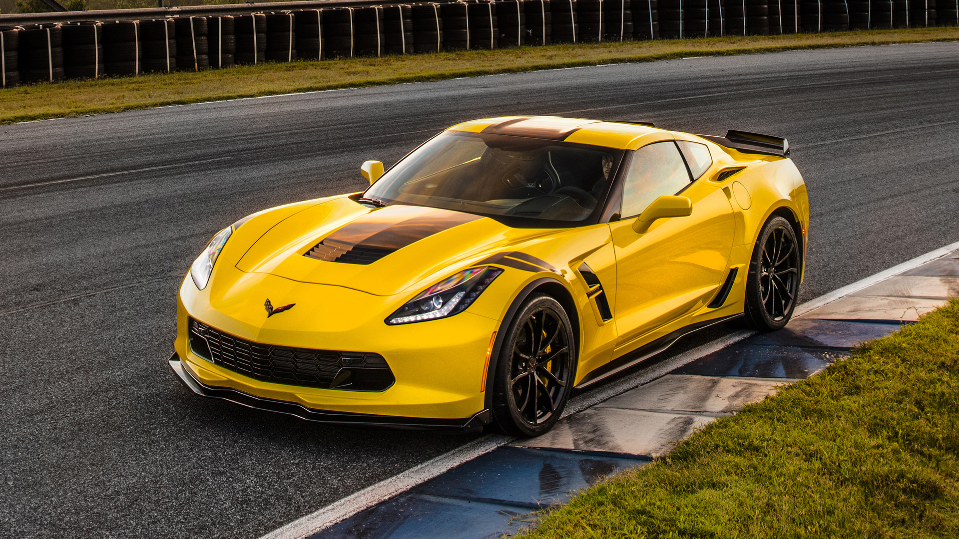 first drive 2017 chevy corvette grand sport. Black Bedroom Furniture Sets. Home Design Ideas