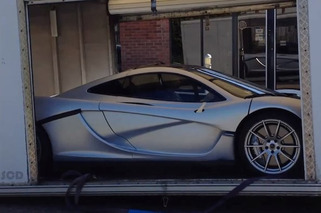 McLaren P1 Spotted Sporting a Silver Getup [video]