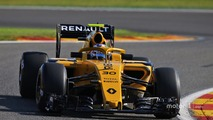 Renault R.S.16, colored Halo