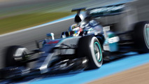Mercedes latest F1 team to pass 2016 crash tests