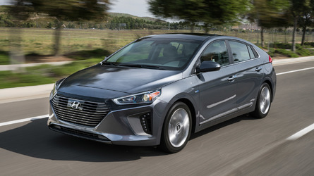 2017 Hyundai Ioniq First Drive: Gauntlet thrown