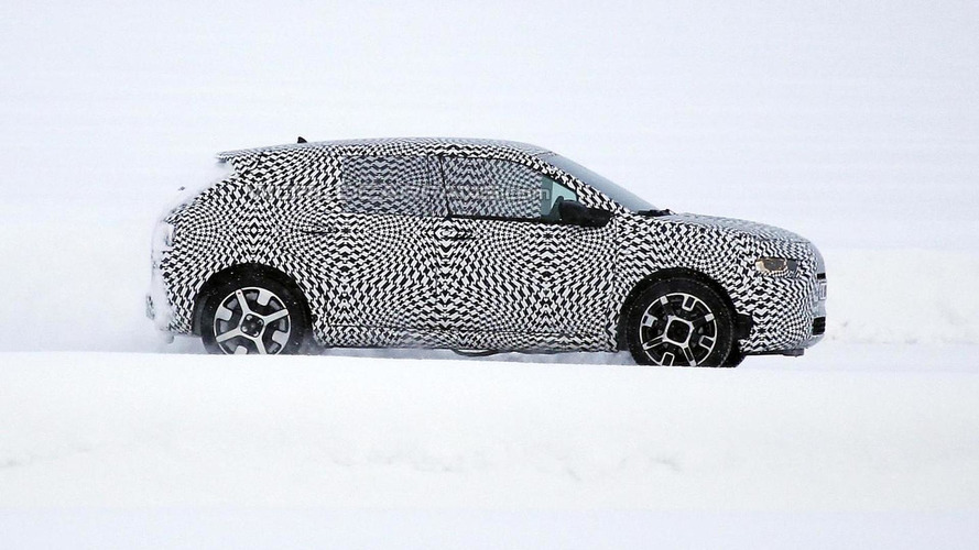 Citroen Cactus production version spied cold weather testing, debuts a week from today