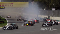 Lewis Hamilton, Mercedes AMG F1 W07 Hybrid ahead of Max Verstappen, Red Bull Racing RB12 and Nico Rosberg, Mercedes AMG F1 W07 Hybrid