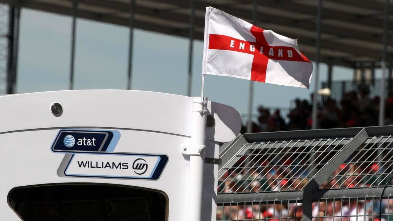 England flag flies from the Williams F1 pit gantry, British Grand Prix, 09.07.2010 Silverstone, England