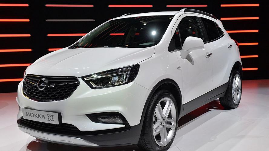 Opel Mokka X shows wing motif in Geneva
