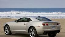2011 Chevrolet Camaro gets small price increase, V6 rated at 312hp